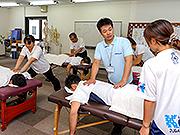 日本セラピスト認定協会(NPO法人)3級免許を取得できます。